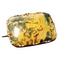 Antique Victorian 15ct rose gold and polished agate brooch, yellow and green natural agate
