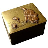 Japanese snuff box, meiji period, copper and brass with frogs