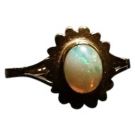 Art Deco Opal ring, 9ct gold flower set, natural sparkling Opal, vintage gold rings