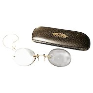 Antique 9ct gold Pince-nez, Edwardian cased spectacles with gold ear chain