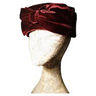 Vintage 40's red velvet pillbox hat