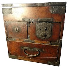 English antique artists box, 17th century, Renaissance