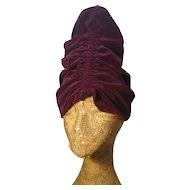 Vintage 1920's velvet turban, theatre / opera hat