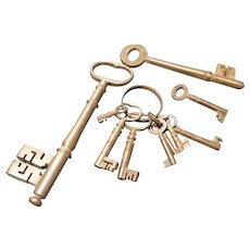 Victorian skeleton keys, collection of 10