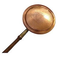 Antique copper bed warming pan, oak and brass handle