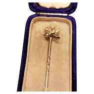 Victorian shamrock stick pin, 9kt gold and seed pearl, cased, good luck
