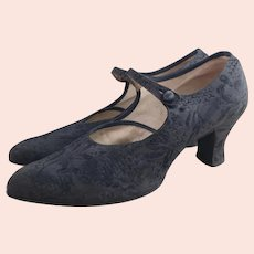 Vintage 1920's Black satin shoes
