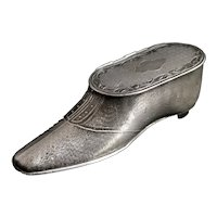 Victorian shoe snuff box, pewter