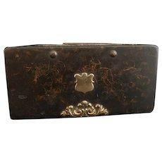 Victorian papier mache snuff box, scumble painted