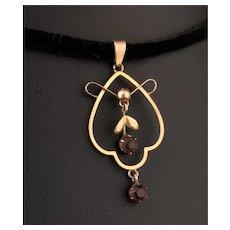 Antique Art Nouveau lavalier pendant, 9k gold, Amethyst