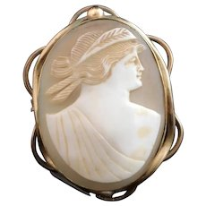 Antique cameo brooch, large