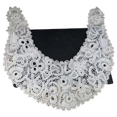 Antique lace collar, 19th century Irish crochet
