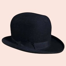 Vintage mens black felt bowler hat