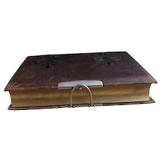 Victorian leather photograph album, Herborita