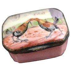 Antique Georgian Bilston enamel snuff box, cock fight