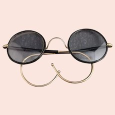 Vintage 1920s round framed glasses