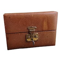 Vintage leather jewelry box, lockable