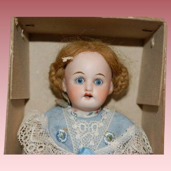 "7"" Shoenau Hoffmeister German doll MIB"