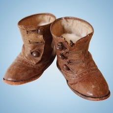 Old shoes for dolls