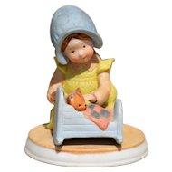 "Holly Hobbie Figurine ""Pleasant Dreams"""