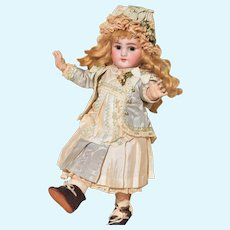 "Precious Little 10.5"" DEP Jumeau in Darling Costume"