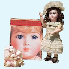 The Rose Unfolds - Tabletop Book of Rarities from the Rosalie Whyel Museum of Doll Art