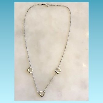 Tiffany & Company Sterling 925/1000 Silver Hearts Necklace Signed Peretti Spain