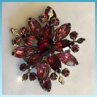 Costume Goldtone Flower Brooch Decorated with Red Rhinestone Crystals C.1940's