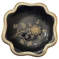 German Weimar Porzellan Manufaktur Hand Painted Cobalt Blue and Gold Decorated Nut Dish Circa 1935