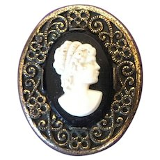 Early 20th Century American Charles May Robbins Company Attleboro, Mass Costume Cameo Hat Pin