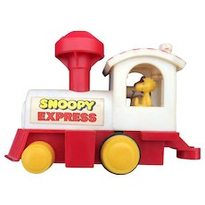 Vintage Avlon-Hasbro Peanuts Snoopy Express Locomotive With Chimney Wind Circa 1972
