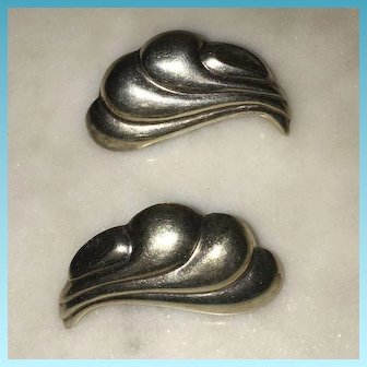 Vintage Pair of  Seashell Shaped Sterling 925/1000 Silver Earrings Circa 1960's