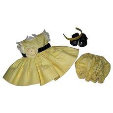 Lovely Crisp 1956 Vintage Vogue Ginny Doll Dress #6025 Kinder Crowd Series