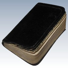 "Old Miniature Book MIDSUMMER NIGHT'S DREAM William Shakespeare 2"" x 1-1/2"""