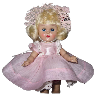 Superb 1955 MLW Vintage Vogue Ginny Doll Fabulous Facial Color Tagged Dress