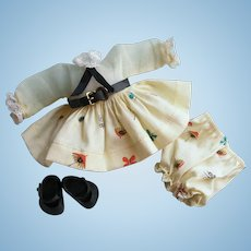 CRISP Minty Tagged 1957 Vintage Vogue Ginny Doll Dress, Bloomers & Shoes #7044