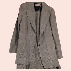 Vintage Ladies Wool 2 piece Suit