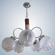 Mid Century Atomic Age - vintage chandelier with 5 globes