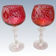 Bayel France - Pair of Cut Cranberry wine glasses with woman stem
