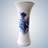 Meissen - porcelain vase decorated with blue flowers