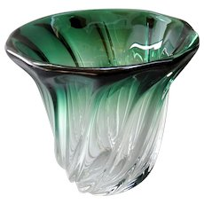 Val St Lambert - Mid-century twisted green-shaded crystal vase Torsade