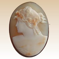 Victorian 9ct Rose Gold Mounted Shell Cameo Brooch of Flora
