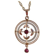 """Antique Art Nouveau 9ct Gold Ruby & Mother of Pearl Openwork Pendant on 20"""" 375 Chain"""