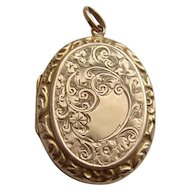 Vintage Solid 9K Carat Gold H/M Chester 1948 Chased Locket Pendant