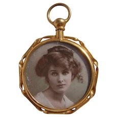 Antique 15ct Gold Gilt Metal Photo Pendant Locket with Original Photos of Ladies