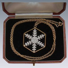 Ltd Edition Franklin Mint 1977 Snow Crystal Snowflake Silver Gilt Pendant Chain