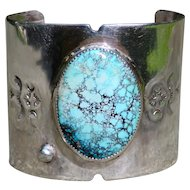 Small Native American Turquoise and Silver Bracelet