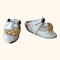 Early Bru Jne Cream leather doll shoes size 3