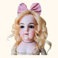 Beautiful Antique doll curled blonde wig 10""