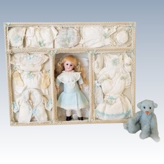 Rare Antique Bisque Mignonette Doll & Trousseau Presentation Box by Simon Halbig